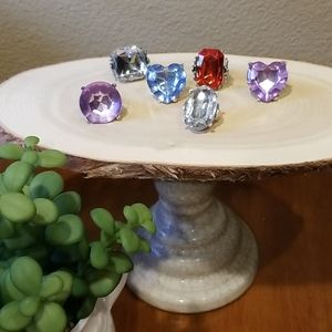 Set of 8 or more dress- up play rings.